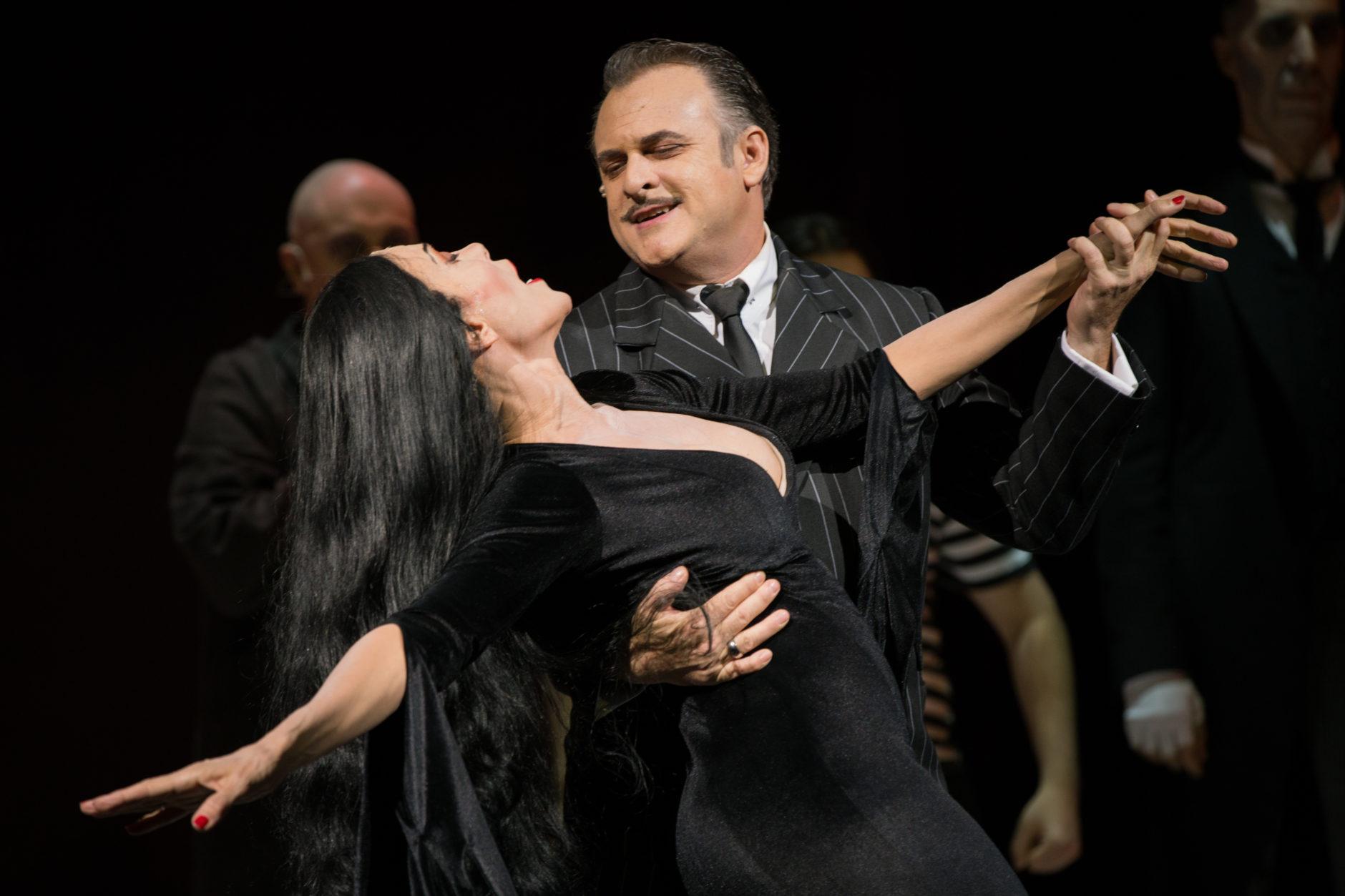 La Familia Addams, una comedia musical 4