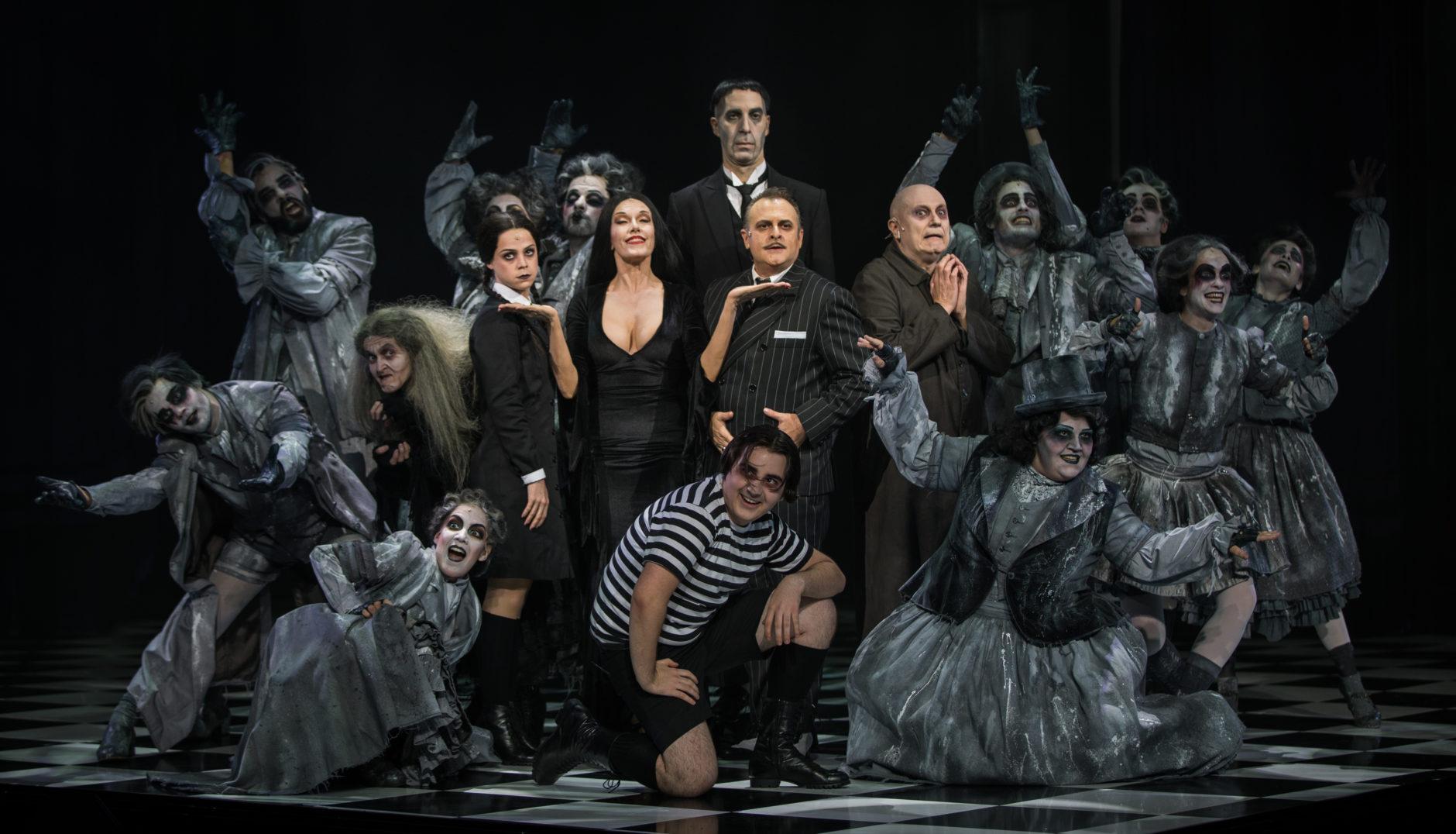 La Familia Addams, una comedia musical 5