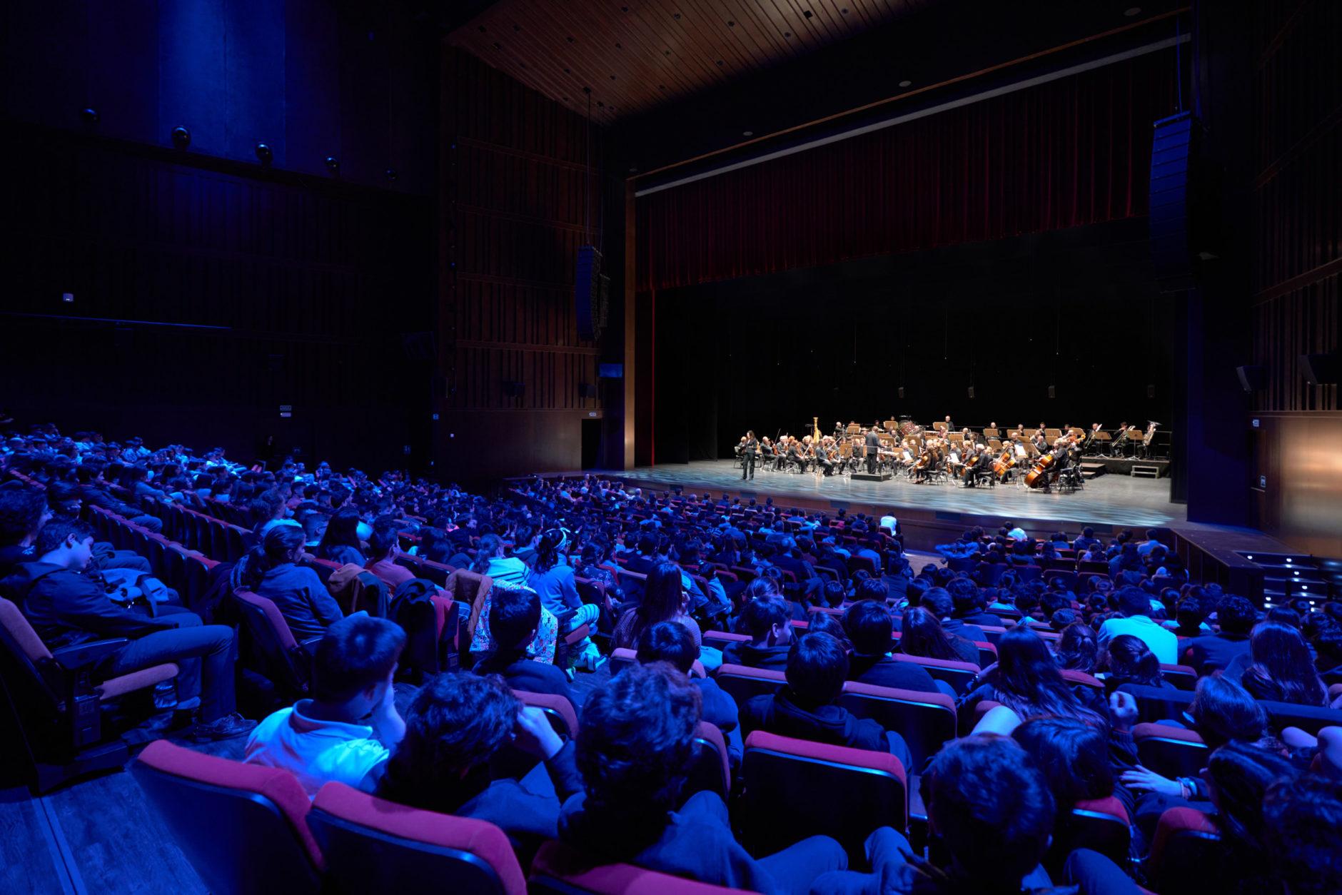 La Real Orquesta Sinfónica de Sevilla ofrece un concierto para escolares 1
