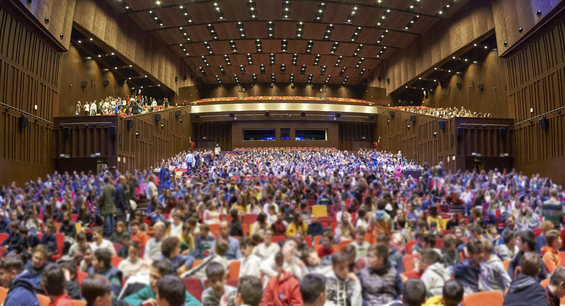 La Real Orquesta Sinfónica de Sevilla ofrece un concierto para escolares 2