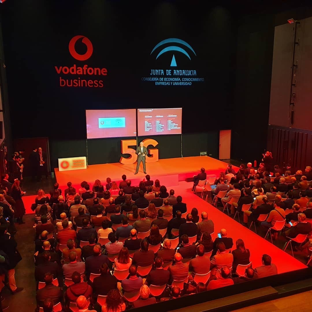 VODAFONE BUSINESS ELIGE CARTUJA CENTER 3