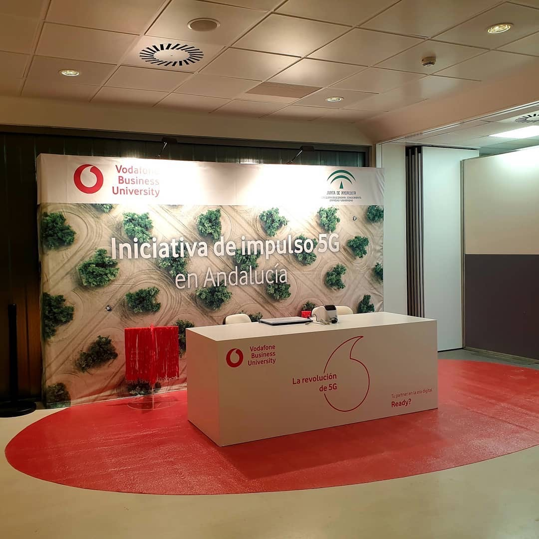 VODAFONE BUSINESS ELIGE CARTUJA CENTER 2